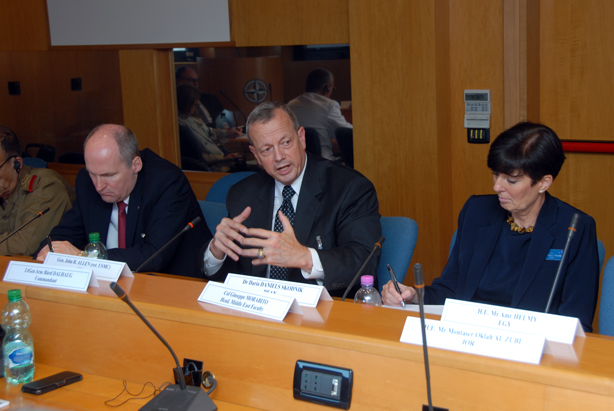 Gen Allen (centre) delivers the keynote speech to the third Senior Executive Regional Conference.