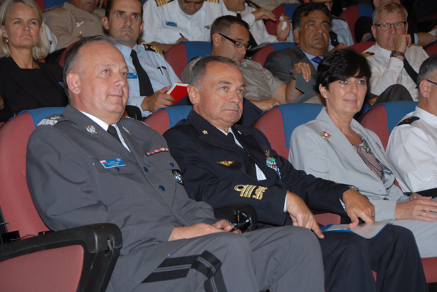 (l to r) NDC Commandant Major General Janusz Bojarski, the President of the Italian Centre for Higher Defence Studies Vice Admiral Rinaldo Veri and NDC Dean Dr Daria Daniels Skodnik