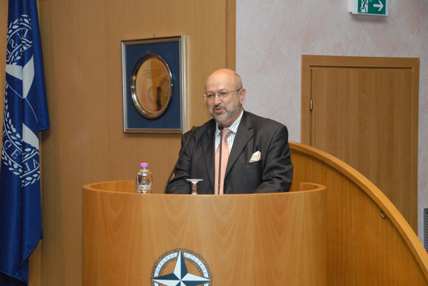 Ambassador Zannier delivers the Eisenhower Lecture to Senior Course 125, NRCC 12, NDC faculty and staff.
