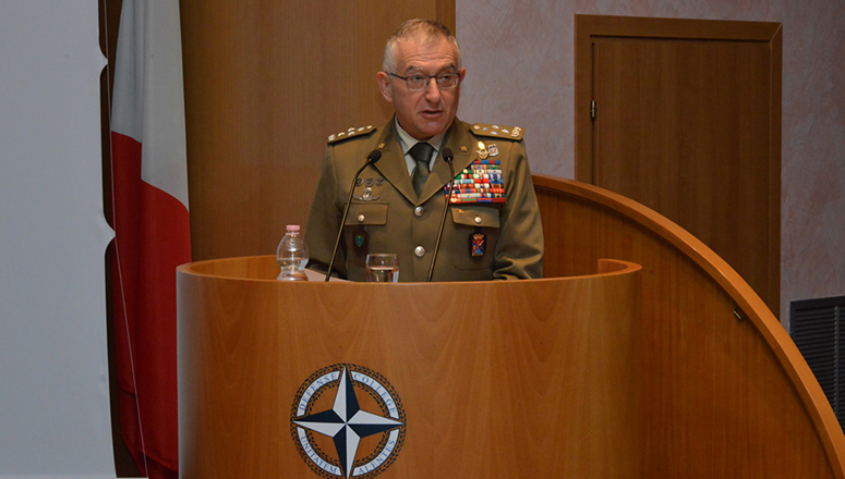 The Chief of Defence of Italy General Claudio Graziano addresses SC 130, NDC faculty and staff.