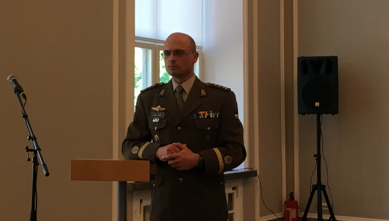 Col Ilmar Tamm during his presentation on the Estonian Defence League.