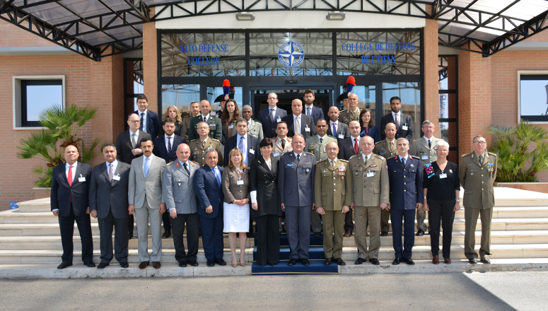 Participants to the Fifth Senior Executive Conference with the Chief of the Italian Army General Staff Lieutenant General Errico, NDC Commandant Major General Bojarski, Dean Dr Daniels Skodnik and senior NDC leaders